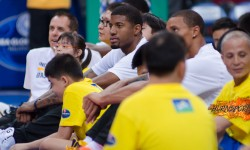 PHOTO GALLERY: PAUL GEORGE VISITS THE PHILIPPINES