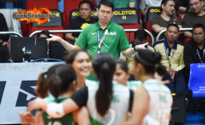 DLSU head coach shows disbelief after a non-call