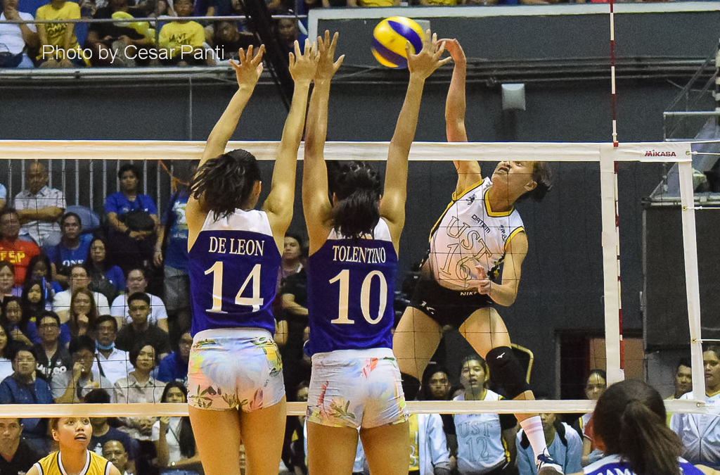 Sisi Rondina drops 23 points as UST sweeps Ateneo in Game 1