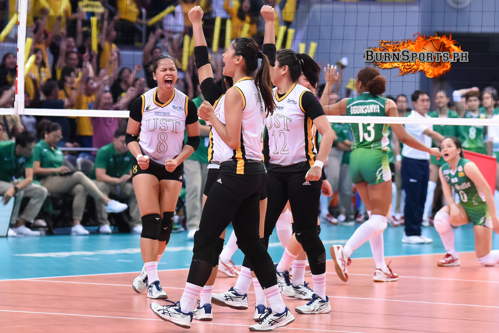 UST Lady Tigresses end La Salle's dynasty, book first Finals berth