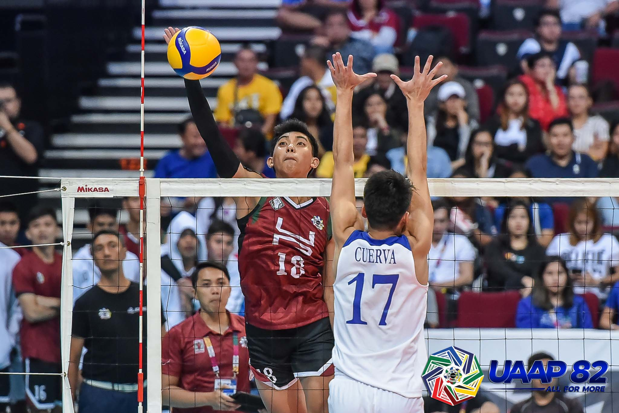 Gamban shines as UP surprises Ateneo in men's volleyball