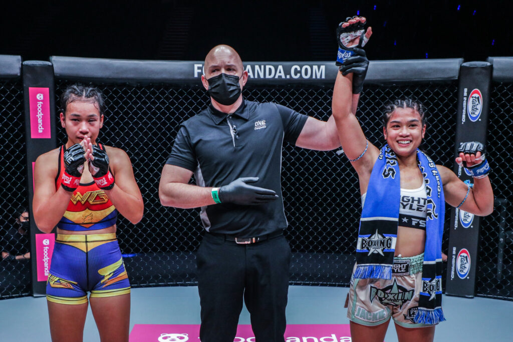Fil-Am Jackie Buntan dominates Wondergirl in ONE debut